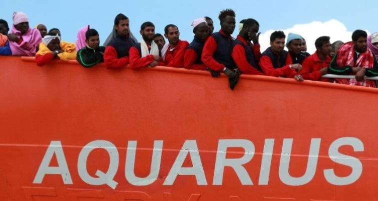 """Los 58 migrantes del """"Aquarius"""" llegaron a Malta"""