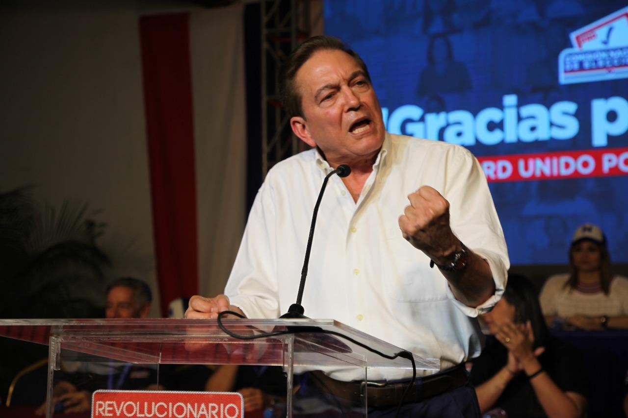 Opositor panameño Laurentino Cortizo encabeza encuesta para elección presidencial