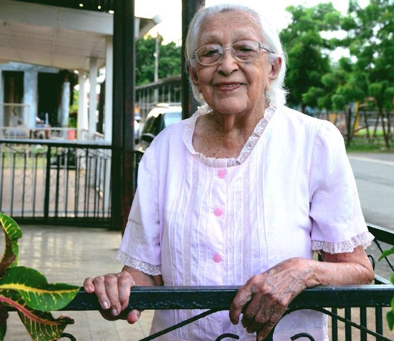 Certifican a Clara Cedeño Tello como la supercentenaria panameña