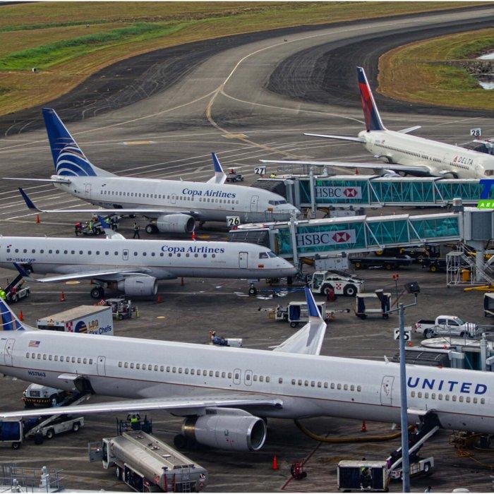 Gremios de aviación rechazan anteproyecto sobre impuesto a pasajeros que transiten por Panamá