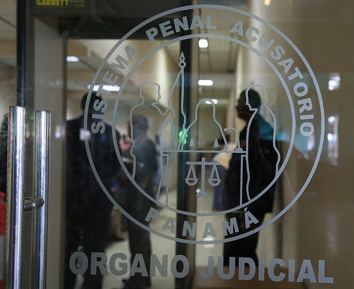 Dos hombres son condenados por posesión, tráfico de armas y explosivos