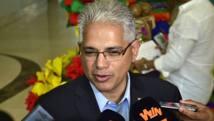 Blandón pone a disposición su cargo como vicepresidente del directorio Panameñista