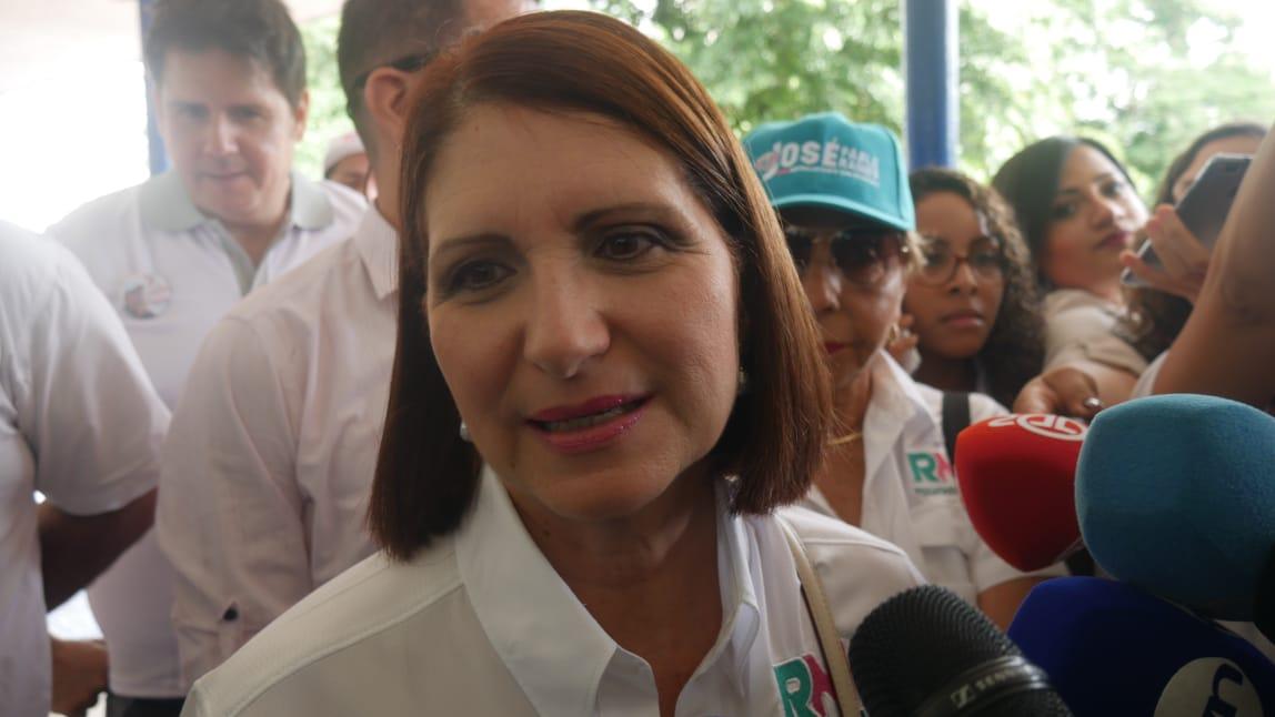 Marta Linares: Martinelli no ha sido juzgado todavía y lo tratan como un reo de los peores