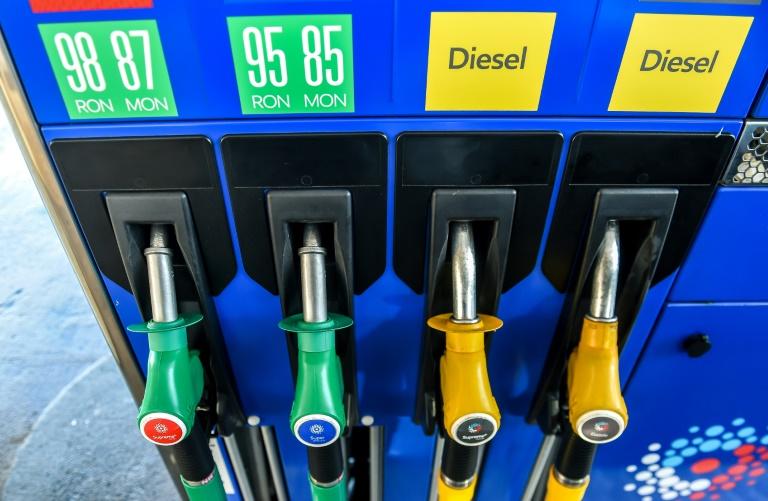 La AIE recorta su previsión de crecimiento de la demanda de petróleo para 2018 y 2019