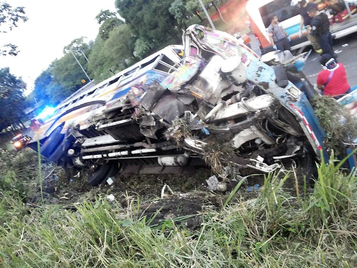 32 heridos deja accidente de tránsito en la Avenida de los Mártires