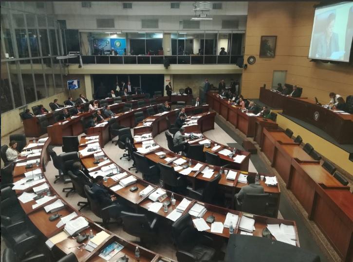 Empiezan debates de proyecto para  consultar sobre Constituyente