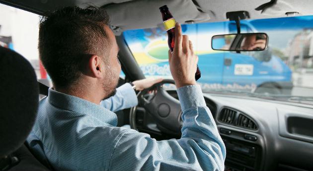 Proyecto que aumenta penas a conductores ebrios, pasa a segundo debate