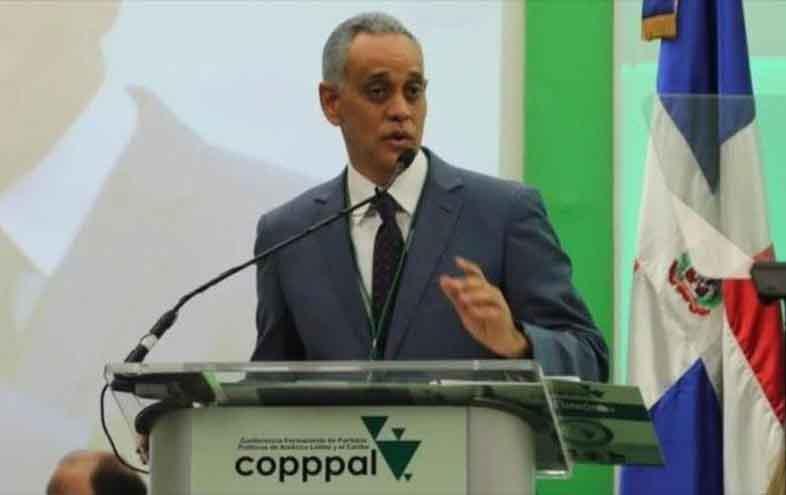 Advierten que Latinoamérica vive desestabilización política