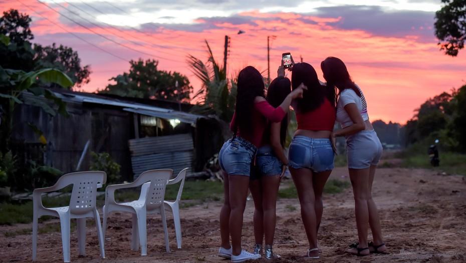 Prostituirse en el exilio, otro drama de las venezolanas que huyen de su país