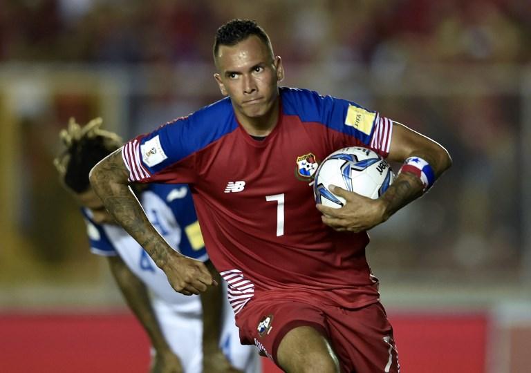 Histórico goleador panameño, Blas Pérez, cuelga las botas