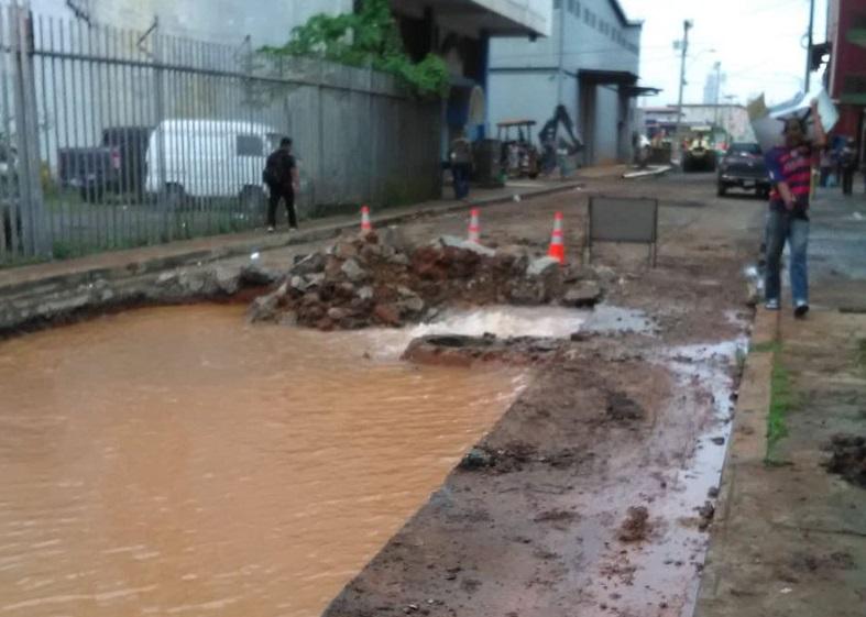 Suspenden suministro de agua en Calidonia y áreas aledañas