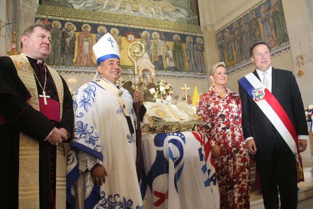 Reliquia con gotas de sangre de San Juan Pablo II en Panamá por la JMJ