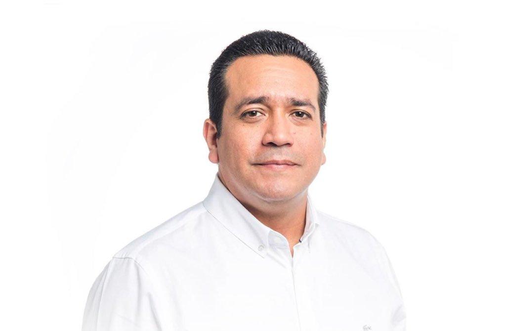 Vicepresidente del PRD muere de un  infarto en una reunión