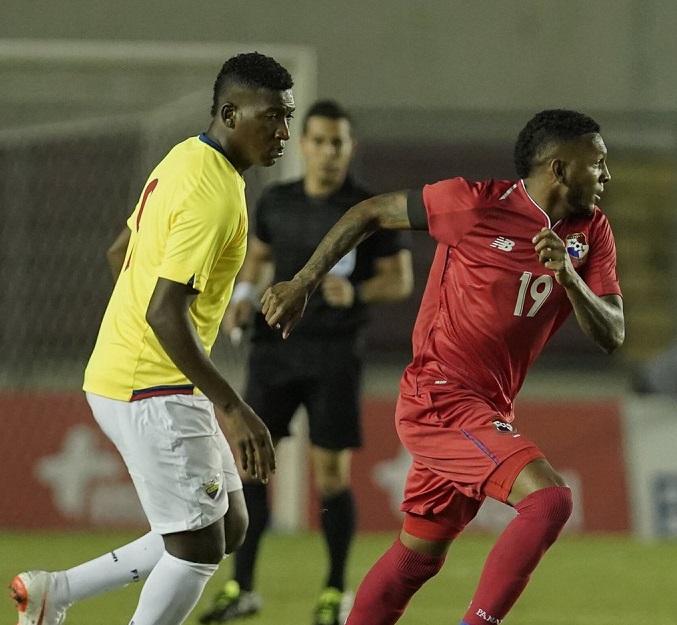 Ecuador derrota 2-1 a Panamá en partido  amistoso
