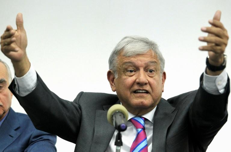 ¿Una refinería de 8000 millones de dólares? El presidente mexicano dice: 'Sí se puede'