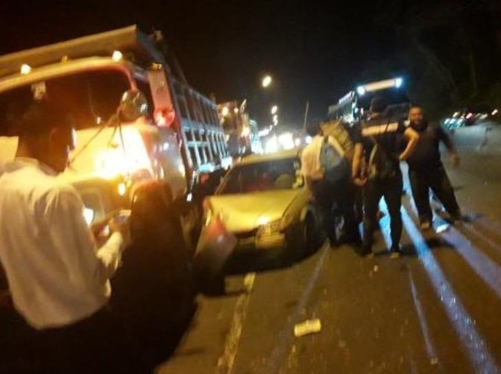 Se registra colisión a la altura de Loma Cová, hay varios heridos