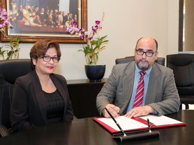Exministro Salvador Sánchez toma posesión ante la OEA