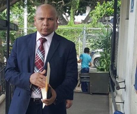 Abogado Castrejo desiste de demanda contra elecciones de Colegio de Periodistas