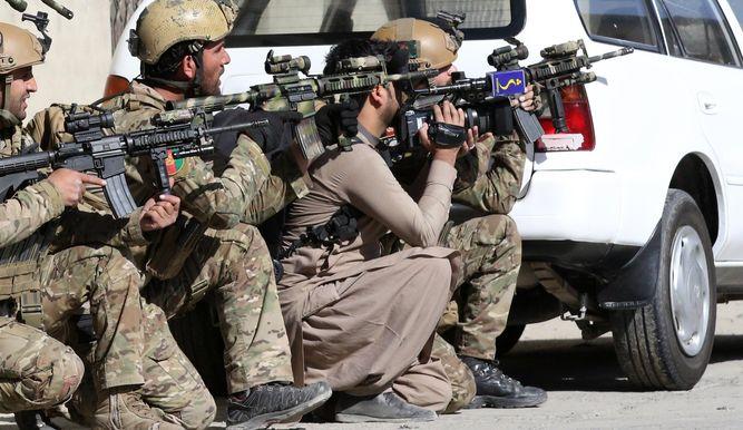 EE.UU. enviará tropas al aeropuerto de Kabul para evacuar personal de su embajada