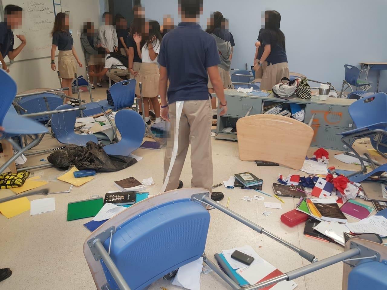 """Graduandos destrozan instalaciones de El Colegio de Panamá en """"Prank day"""""""