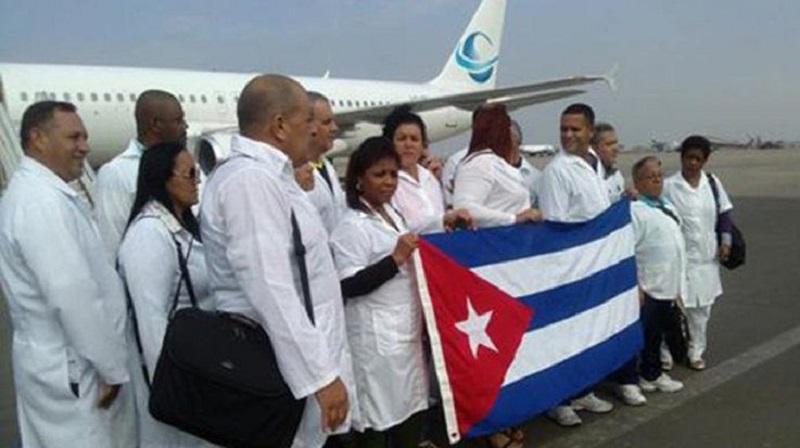 Cuba responde a Bolsonaro y retira sus médicos de Brasil