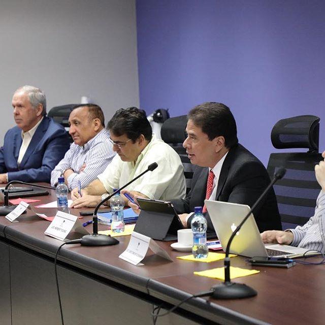 Panameñistas instalan mesa de diálogo con Partido Alianza en busca de una coalición