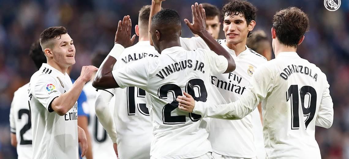 Real Madrid plagado de suplentes golea al Melilla y se mete en octavos de Copa