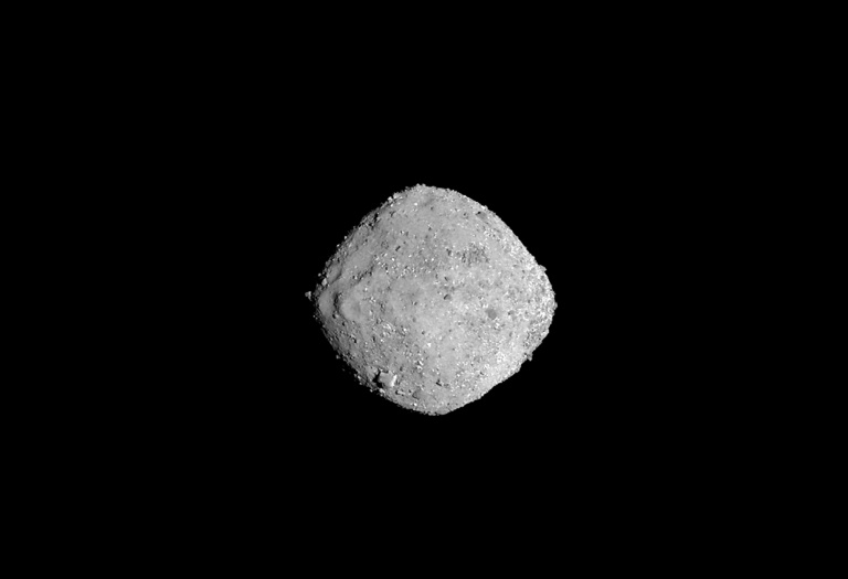 Primer recolector de muestras de asteroide de la NASA llega a su objetivo: Bennu