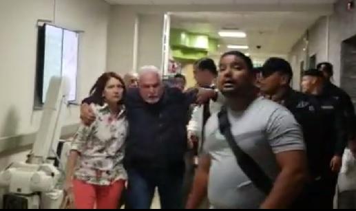 Ricardo Martinelli se niega a ser examinado en el Santo Tomás