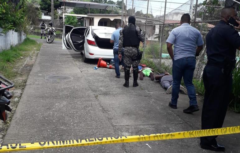 Capturan a 3 sujetos que intentaron robarle a conductor de Uber en El Diamante de San Miguelito
