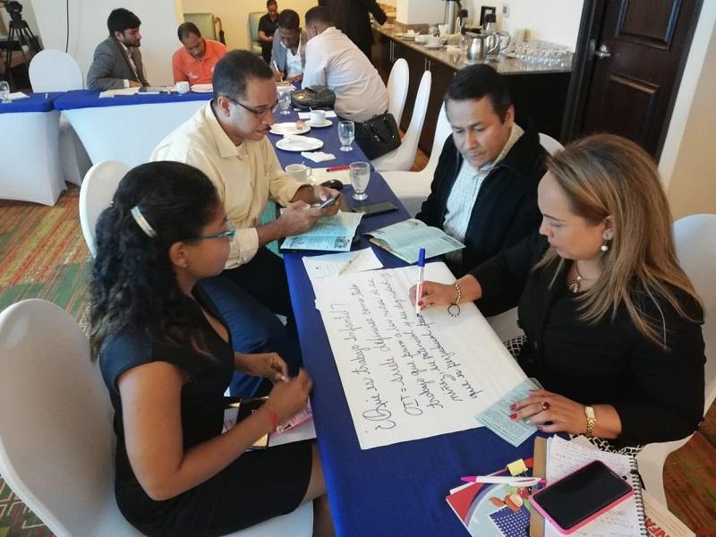 Comunicadores se capacitan sobre la erradicación del trabajo infantil en Panamá