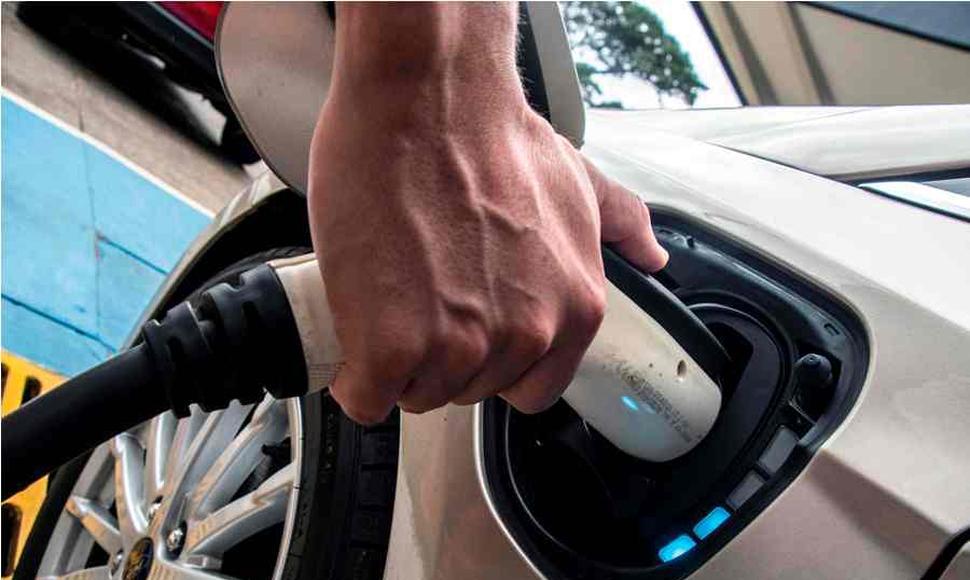 Autos eléctricos se abren paso en las calles de Costa Rica