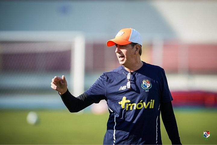 """Gary Stempel dirigirá a la """"Sele"""" en partido amistoso ante Estados Unidos"""