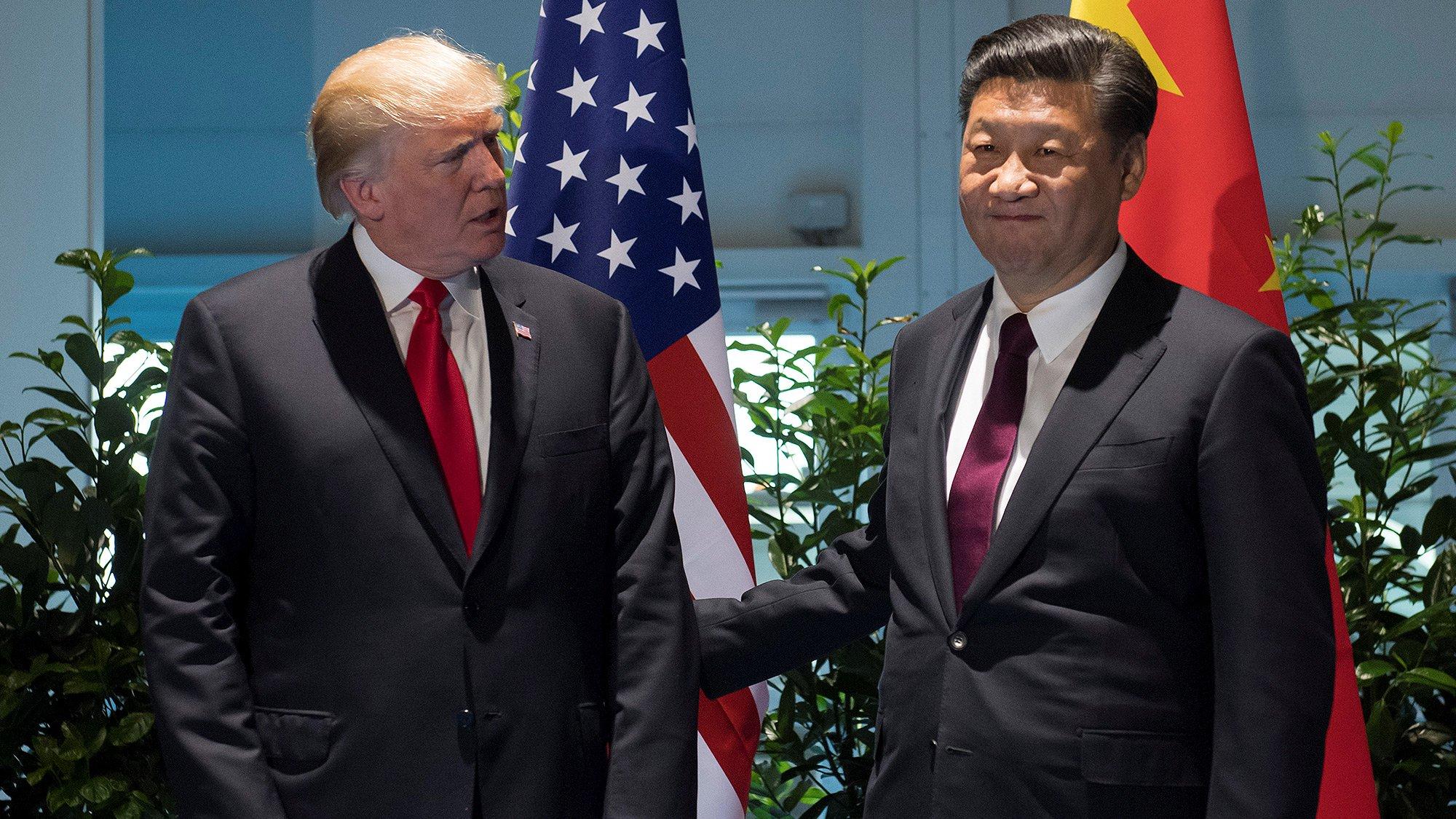 """Trump dice que aún es """"posible"""" un acuerdo comercial con China"""