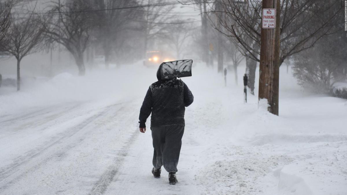 Más frío que en la Antártida: una helada brutal congela parte de EE.UU.