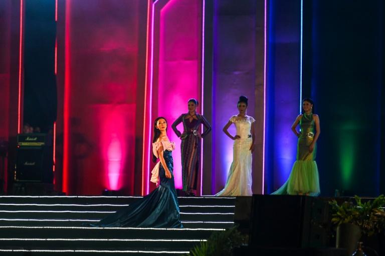"""Concurso de belleza """"étnica"""" para apaciguar conflictos en Birmania"""