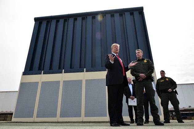 Pentágono autoriza $1.000 millones para muro de Trump en frontera con México