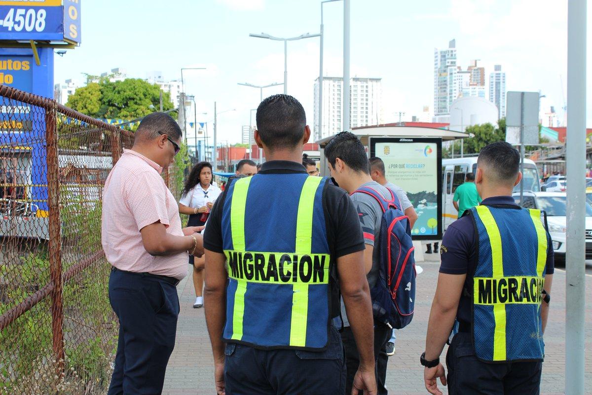 Migración retuvo 13 extranjeros por documentación vencida y carencia de permiso de trabajo