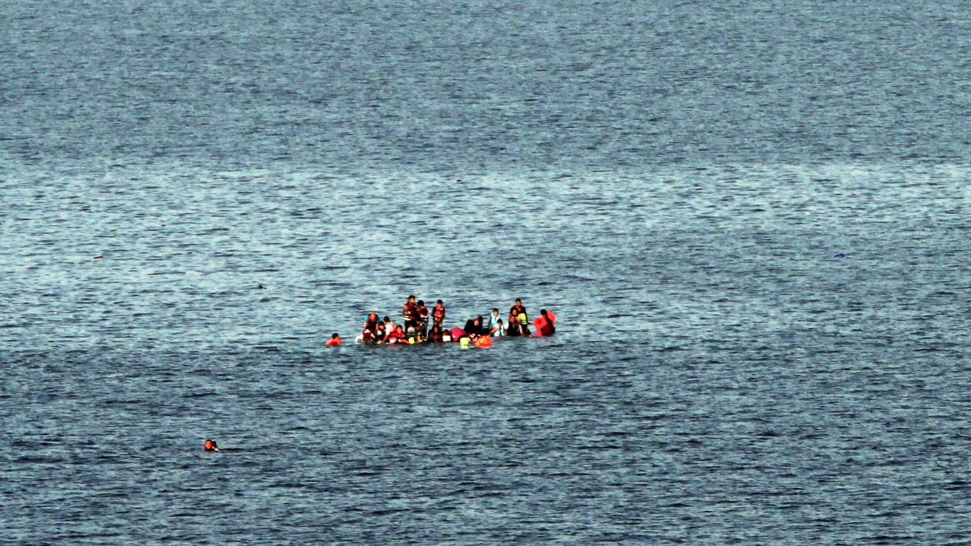 Al menos 30 migrantes desaparecidos en naufragio entre Venezuela y Curazao