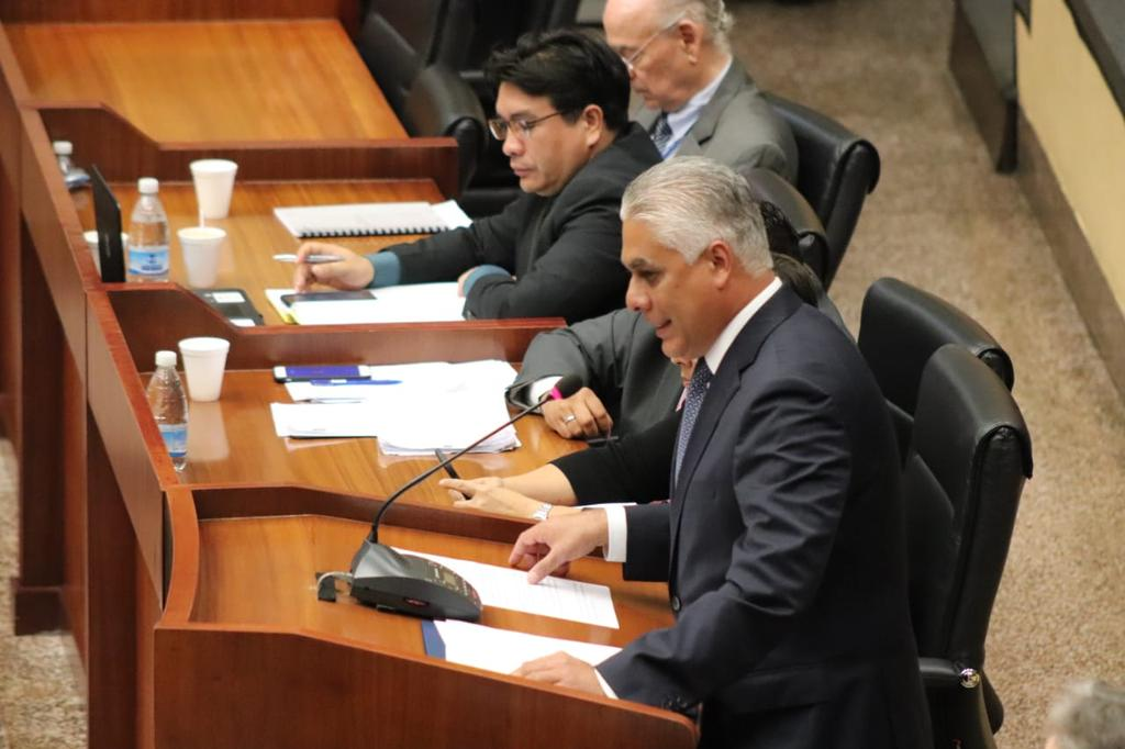 Convocatoria a consulta sobre cambio constitucional está en la Asamblea