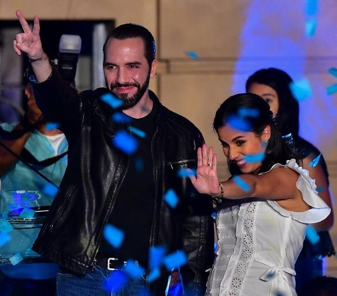Bukele gana la presidencia de El Salvador, rompiendo el bipartidismo