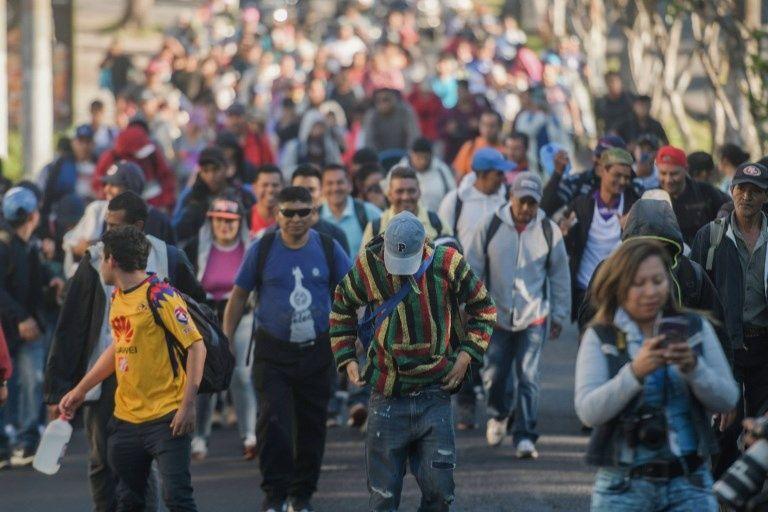 """Honduras niega que se esté formando una """"caravana madre"""" de migrantes"""