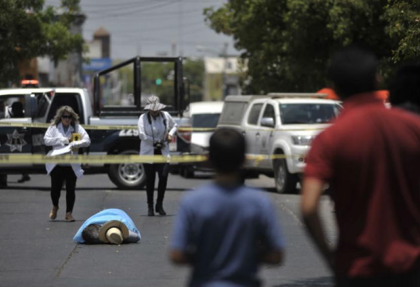Cinco muertos tras balacera entre policías y presuntos delincuentes en México