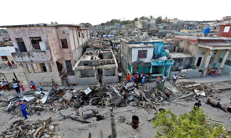 Suben a seis los muertos por el tornado que golpeó a Cuba