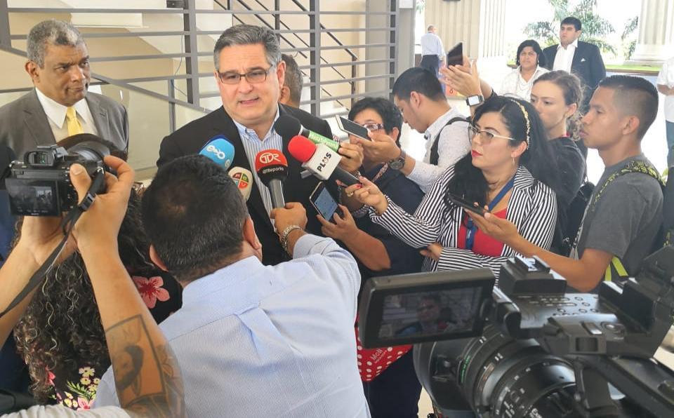 Magistrados del TE rechazan apelación contra candidatura de Ameglio