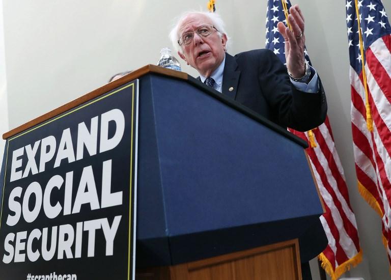 Bernie Sanders abandona la carrera presidencial de EE.UU.