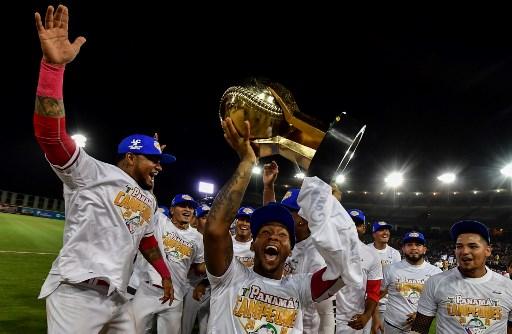 Panamá vence a Cuba, defiende su casa y conquista La Serie del Caribe