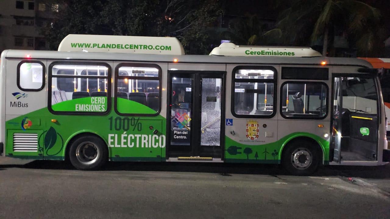Suspenden temporalmente servicio de bus eléctrico en el Casco Antiguo por vandalismo