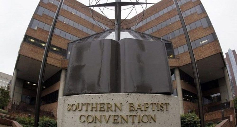 El escándalo de abusos sexuales llega a la principal iglesia protestante de EEUU