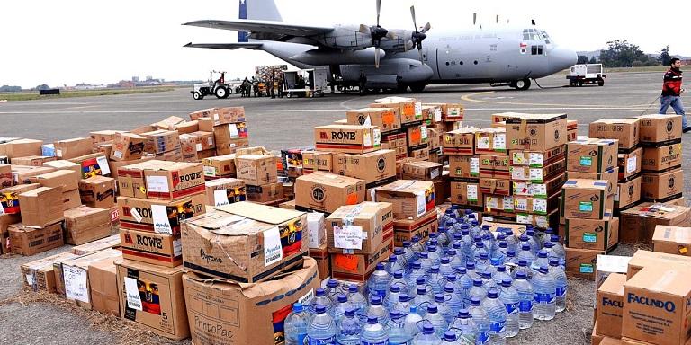 Guaidó organiza ejército de voluntarios para distribuir ayuda humanitaria